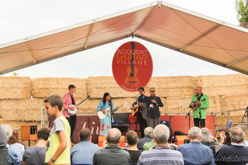 Live Stage Blueways
